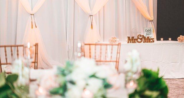 Mobiliario para boda asesorado por wedding planner